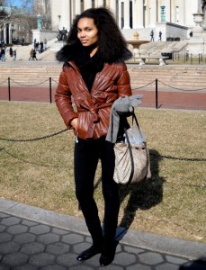 Tips To Select The Right Piece Of Womans Leather Jacket